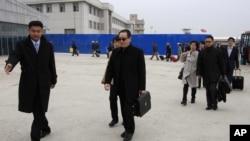 2014年3月17日中國外交部朝鮮半島事務特別代表武大偉抵達平壤機場(資料照片)