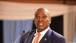 Le président du Botswana de nouveau en confinement