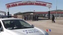 數萬敘利亞難民滯留土耳其與敘利亞邊境