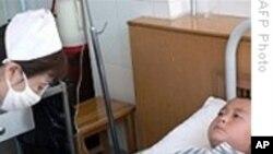 中国村民冲入涉嫌导致儿童铅中毒冶炼厂