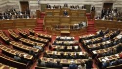 پاپاندرو از پارلمان يونان رأی اعتماد گرفت