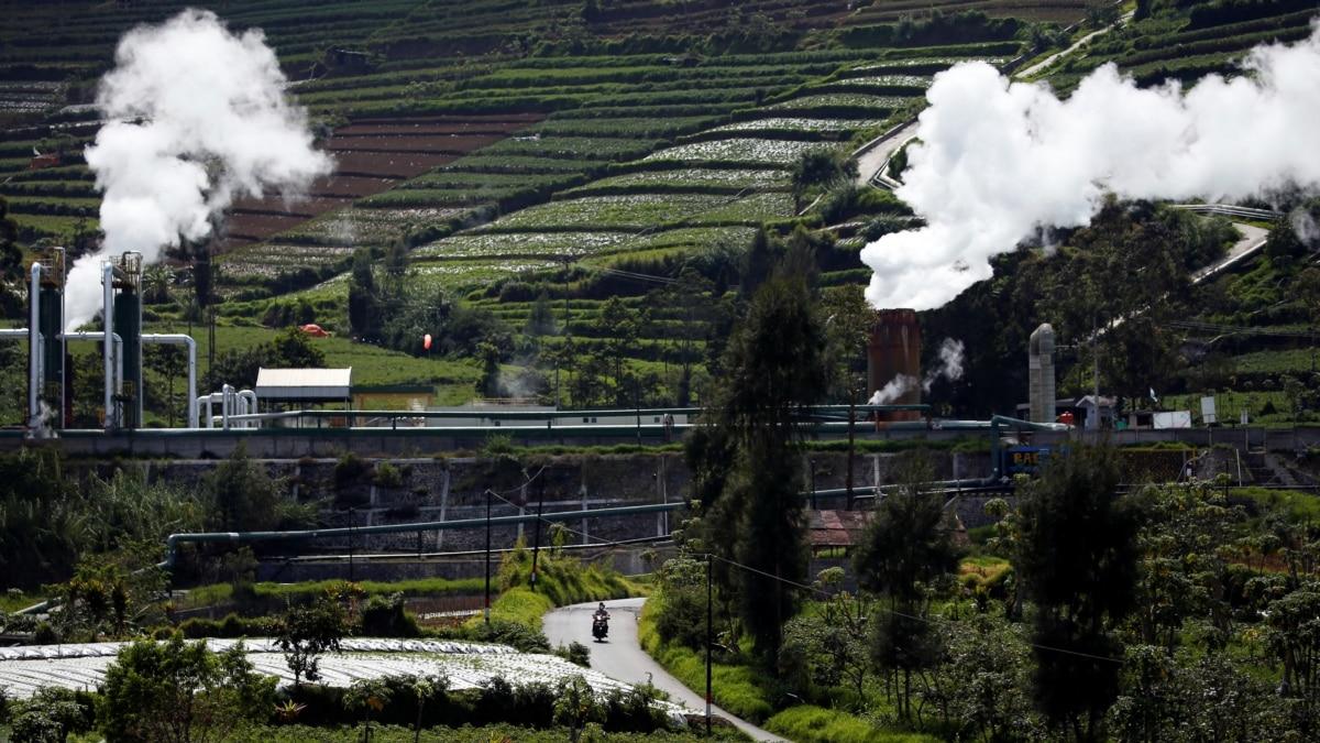 Jokowi Perintahkan Penguatan 'Green Economy' dan 'Blue Economy'