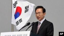 이명박 한국 대통령 (자료사진)