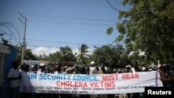 Manifestasyon viktim maladi kolera yo kap mande MINUSTAH pou dedomaje yo.