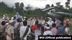 미얀마 주재 외교관들이 2일 미얀마 정부의 주선으로 로힝야족 사태가 발생한 라카인주 북부를 방문했다.