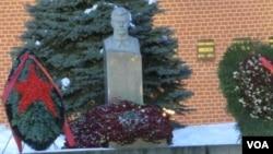 莫斯科红场上的斯大林墓(美国之音白桦摄)