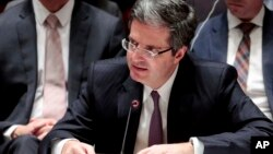 프랑스의 프랑수와 들라트르 유엔 주재 대사가 지난 3월 안보리에서 대북 제재 결의를 채택한 후 발언하고 있다. (자료사진)