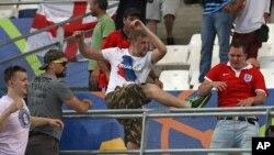 Sukob ruskih i engleskih navijača u Francuskoj