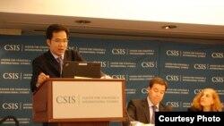 Tiến sĩ Trần Trường Thủy, Giám đốc Trung tâm Nghiên cứu Biển Đông thuộc Học Viện Ngoại giao, Bộ Ngoại giao Việt Nam.