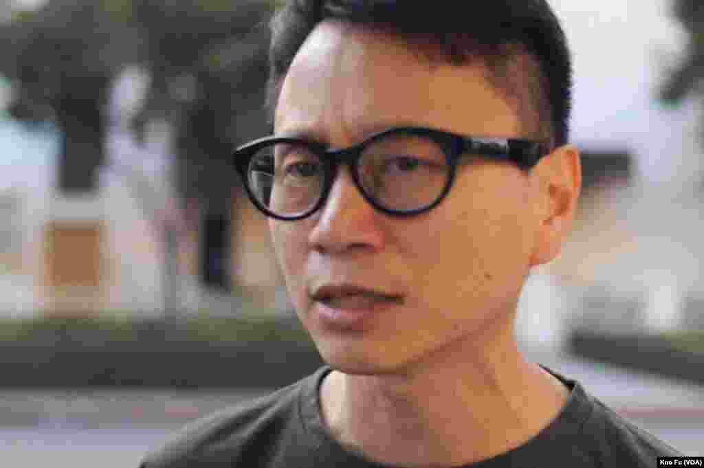 南加州香港论坛前主席蔡先生(美国之音国符拍摄)