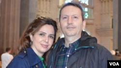 «احمدرضا جلالی» در کنار همسر خود «ویدا مهراننیا»