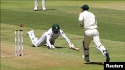 کیپ ٹاؤن میں جاری دوسرے ٹیسٹ کا منظر