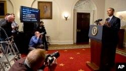 지난해 12월 바락 오바마 대통령이 파리 기후변화 협약의 합의 내용에 대해 기자회견을 하고 있다. (자료사진)