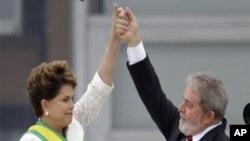 Crise poderá servir para Rousseff modificar a herança governamental de Lula
