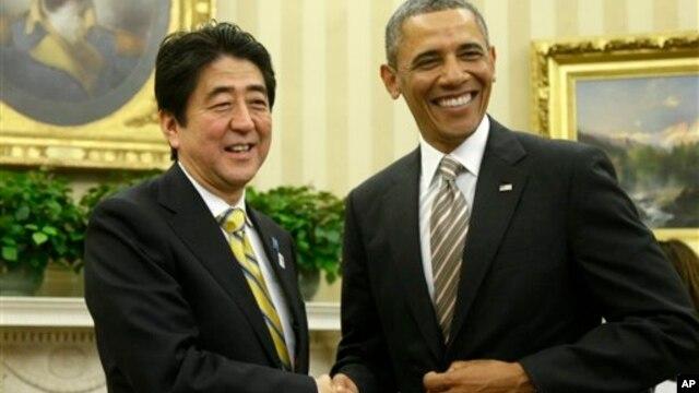 22일 백악관에서 바락 오바마 미국 대통령과 아베 신조 일본 총리가 정상회담에 이어 공동 기자회견을 가졌다.