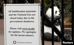 "Pengumuman Penutupan Kebun Binatang ""The National Zoo"" di Washington, D.C., selama 'shutdown' 2 Januari 2019."
