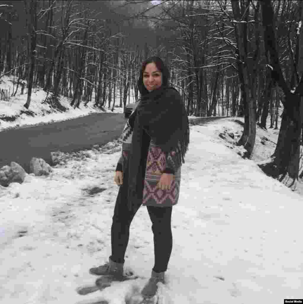 طاهره ریاحی روزنامه نگار شاغل در خبرگزاری برنا متعلق به وزارت ورزش سه شنبه بازداشت شد. ایلنا نوشت اتهام او «تبلیغ علیه نظام» عنوان شده است. عکس از اینستاگرام او.