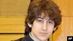 美國波士頓馬拉松賽爆炸案嫌犯焦哈爾.薩納耶夫將在星期三日下午首次在美國出庭受審。