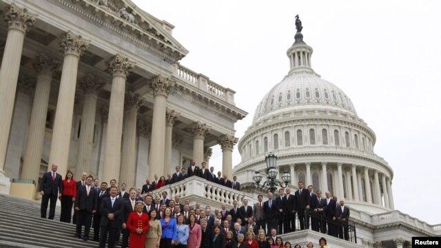 La Ley fue aprobada en la Cámara con 365 votos a favor y 43 en contra.