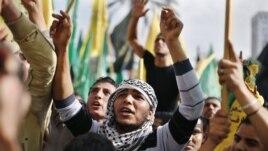 Nakon osmodnevnog konflikta, Palestinci se okupili u Gradu Gazi, radi, kako navode, proslave pobede  22. novembar, 2012.