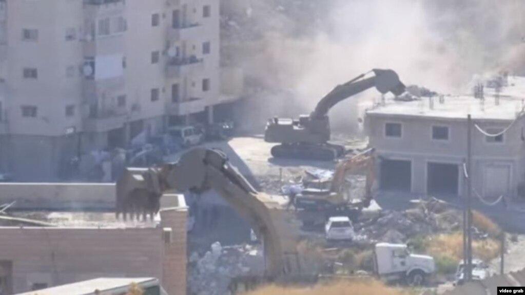 Izraeli fillon shkatërrimin e disa banesave palestineze