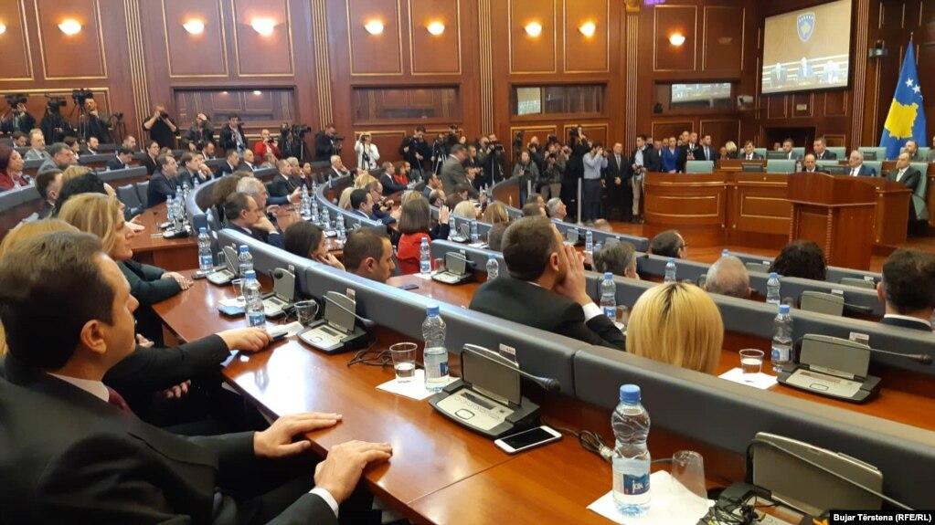 Kosovski parlament glasa za formiranje kosovske vojske