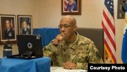 美國太平洋空軍司令布朗2020年4月29日主持19國防疫視訊會議(美國太平洋空軍網站)