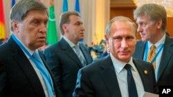 Юрий Ушаков, президент России Владимир Путин