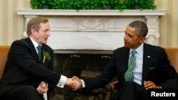 14일 바락 오바마 미국 대통령(오른쪽)이 백악관에서 엔다 케니 아일랜드 총리와 회동했다.