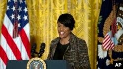 La alcaldesa de Baltimore, Stephanie Rawlings-Blake preside la Conferencia de Alcaldes de Estados Unidos.