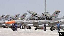 ترکیه خواستار ایجاد نوار حایل مرزی در سرحدات آن کشور با سوریه شده است