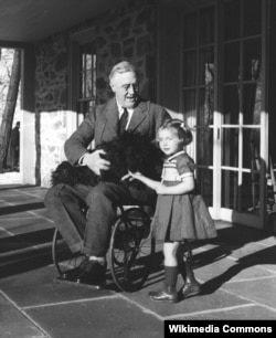 Doctors diagnosed FDR with polio. But scholars today say another disease may have caused his paralysis.