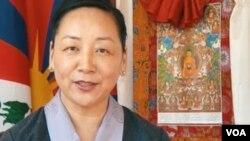 """""""藏人行政中央""""的外交与新闻部部长德吉曲央 (美国之音藏语组提供)"""