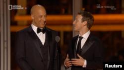 مارک زاکربرگ، موسس فیسبوک و وین دیزل بازیگر آمریکایی از مجریان مراسم