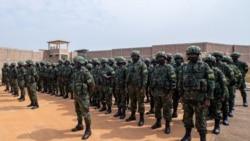 """Chegada de tropas do Ruanda a Moçambique pode ter surpreendido os """"jihaidistas"""", dizem analistas - 3:34"""