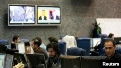 نمایی از اتاق خبر شبکه پرس تی وی در تهران - ژانویه 2012