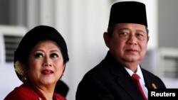 Presiden Susilo Bambang Yudhoyono dan ibu negara Ani Yudhoyono dalam peringatan HUT RI ke 69 di Istana Merdeka, Jakarta (Foto: dok). Presiden Yudhoyono dijadwalkan akan meresmikan IMAAM Center di Washington DC, dalam kunjungannya ke Amerika Serikat bulan September ini.