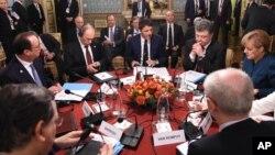 KTT Eropa-Asia membahas masalah Ukraina di Milan, Italia (17/10).