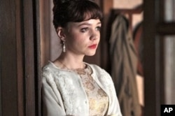 Carey Mulligan in scene from An Education