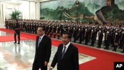 2019年1月22日,柬埔寨首相洪森與中國總理李克強在北京人民大會堂舉行的歡迎儀式上。