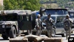 美國駐科索沃軍隊控制了科索沃與塞爾維亞交界的北部邊境海關關卡。