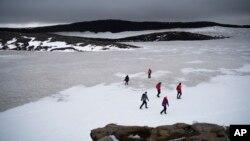 Iceland Glacier Death