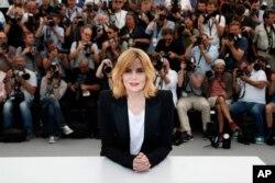 امانوئل سنیه در هفتادمین جشنواره فیلم کن- اکران فیلم «بر اساس یک داستان واقعی» از رومان پولانسکی