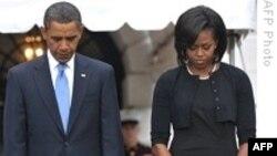 رییس جمهوری آمریکا به قربانیان حملات تروریستی ۱۱ سپتامبر ادای احترام می کند