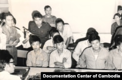 Khmer Republican's press: Captured of Viet Cong troops, 1973. (Source: Documentation Center of Cambodia Archive)