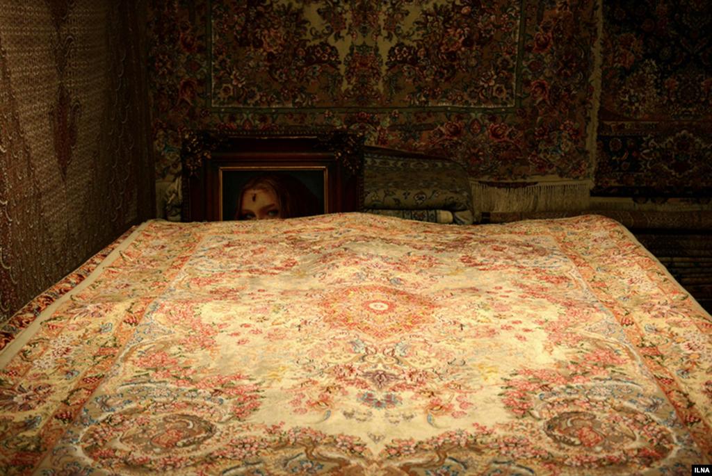 دهمین نمایشگاه فرش دستباف و تابلو فرش استان قزوین عکس: علیرضا نصری