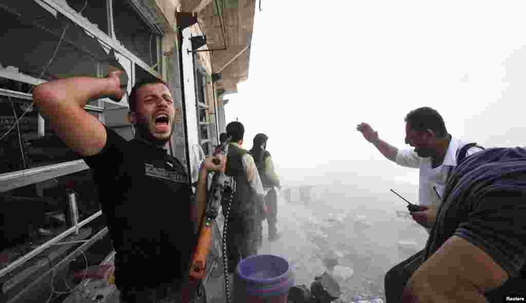 Бої в Алеппо.