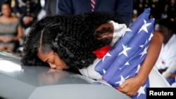 Myeshia Johnson, esposa de La David Johnson