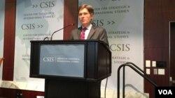 미 국무부의 톰 말리노스키 차관보가 19일 COI 최종 보고서 발표 2주년 기념토론회에서 연설하고 있다.