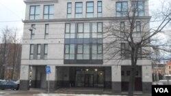 """Здание на улице Савушкина, где находится """"фабрика троллей"""""""